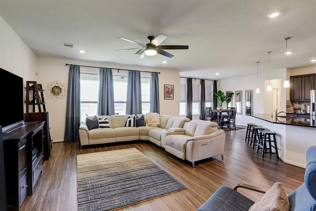 Open concept floorplan perfect for hosting family and friends