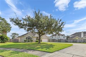 9004 Sun Glen, Pearland, Brazoria, Texas, United States 77584, 3 Bedrooms Bedrooms, ,2 BathroomsBathrooms,Rental,Exclusive right to sell/lease,Sun Glen,86245686