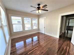 729 17th, Houston, Harris, Texas, United States 77008, 2 Bedrooms Bedrooms, ,1 BathroomBathrooms,Rental,Exclusive right to sell/lease,17th,63624816