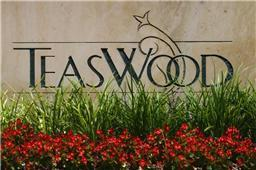 Executive Upscale Gated Community with Easy Access to I-45
