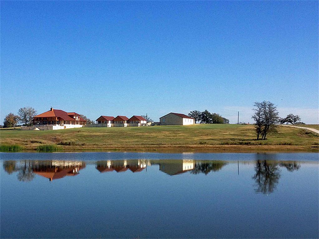 2505 HWY 90, Madisonville, TX 77864