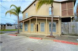 114 GRAND AVE, BACLIFF, TX, 77518