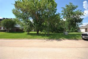 Large Waterview lot.  Empty lot next door!