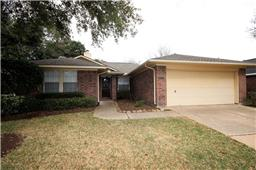 2122 Westminister St, Pearland, TX, 77581