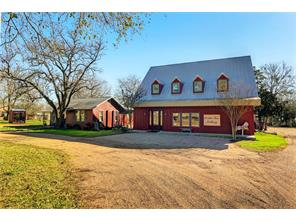 453 n washington, round top, TX 78954