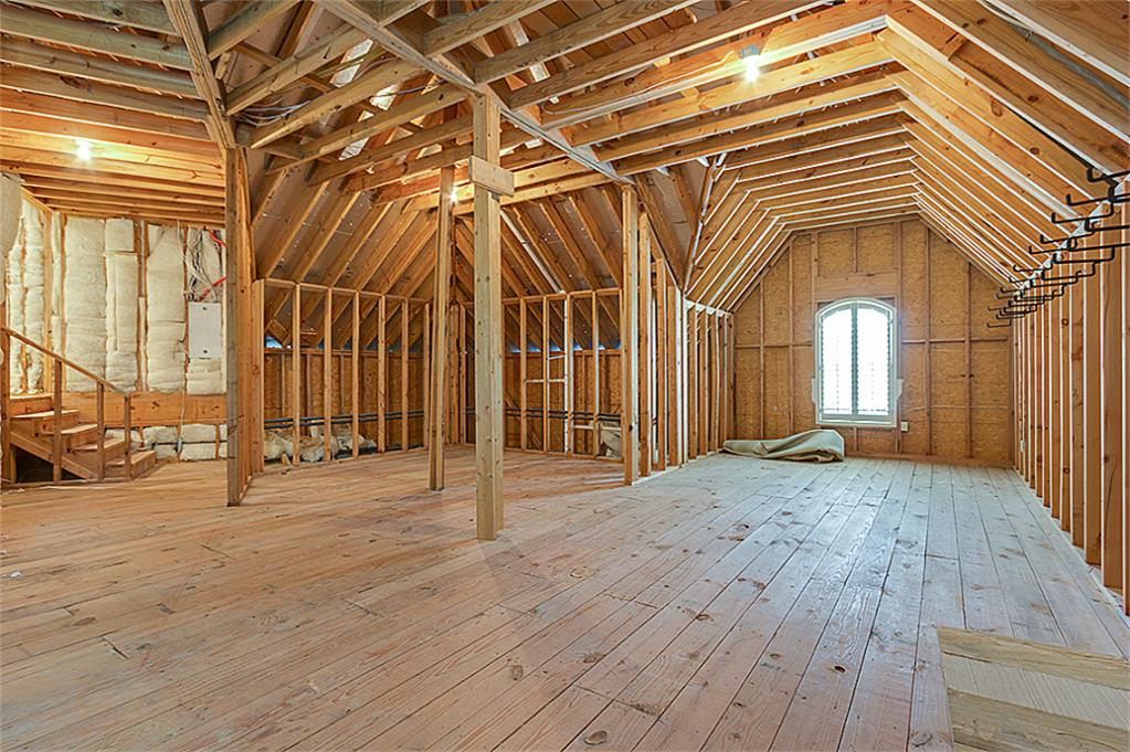 7 seasons trace the woodlands tx 77382 for How much to add a garage with bonus room