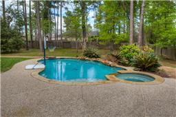 Enjoy your backyard with pool, spa, and waterfall that your family will enjoy  in this large backyard.