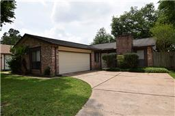 17107 Seven Pines Dr, Spring, TX 77379