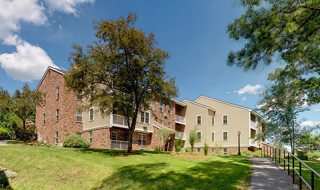 121 Summerhill Glen, Maynard, MA 01754