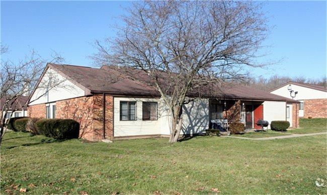 180 Sells Road, Lancaster, OH 43130