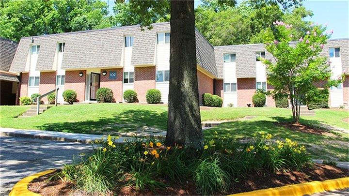100 River Trace Way, Other, VA 23602