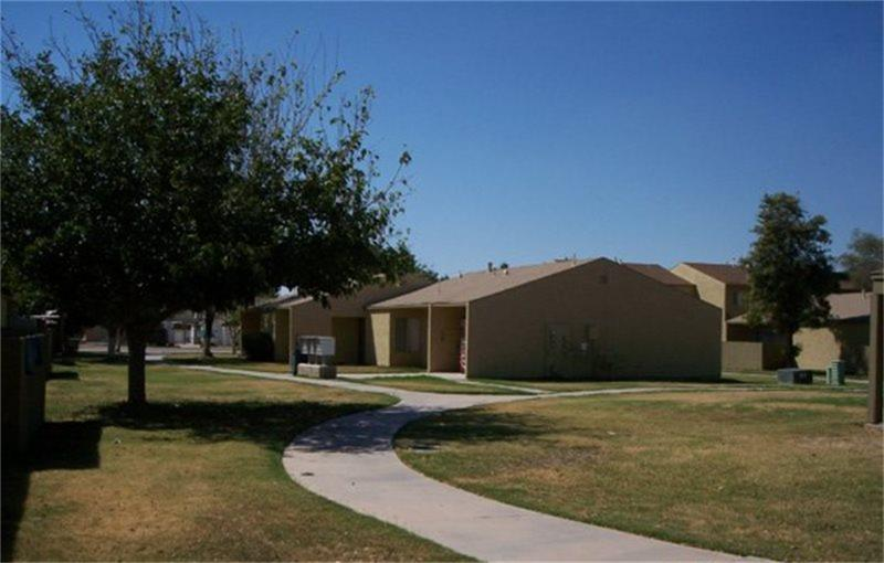 554 Grape Avenue, Holtville, CA 92250
