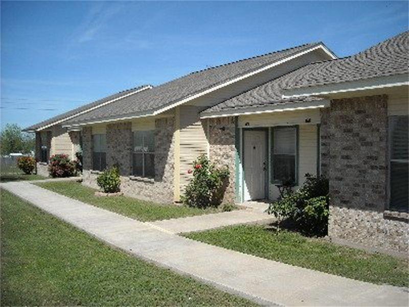 403 Mesquite, Menard, TX 76859
