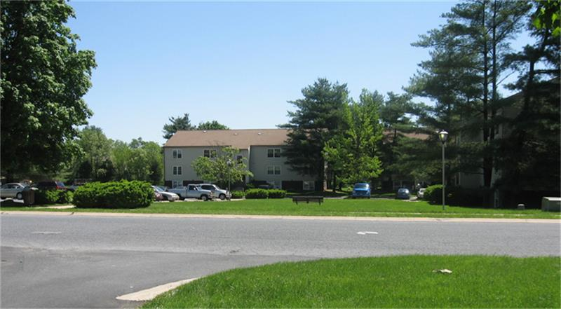 01-96 Lincoln West Drive, Mountville, PA 17554