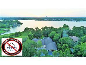 307 lakeshore dr, taylor lake, TX 77586