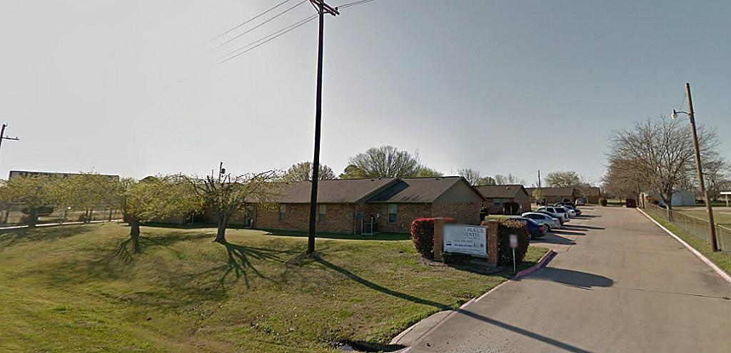 801 West Main Street, Quinlan, TX 75474