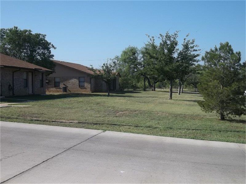 700 S Connellee, Eastland, TX 76448