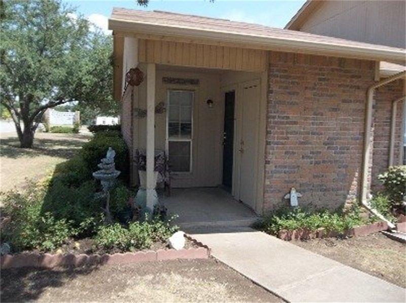102 Rio Grande, Glen Rose, TX 76043