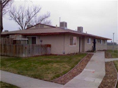 9565 Flores Drive, San Joaquin, CA 93660