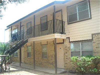 400 Echols Street, Prairie View, TX 77446