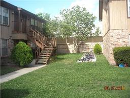 611 alma james street, tomball, TX 77375