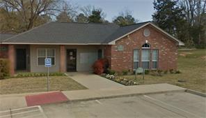 2734 montgomery road, huntsville, TX 77340