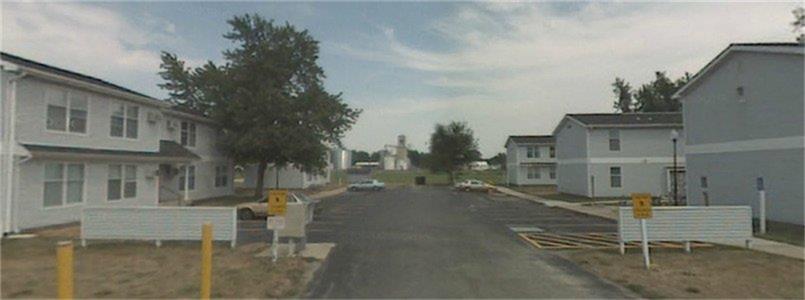 1 Zimmet Drive, Farmersville, IL 62533
