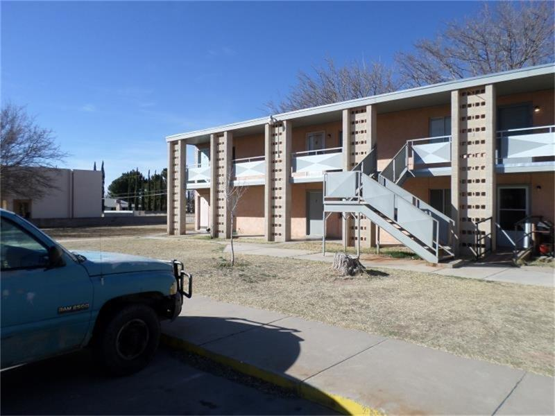 710 Hueco Street, Carlsbad, NM 88220