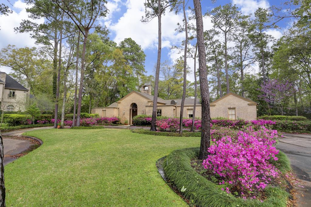 "Beautiful property on a 37,200 square foot lot on a quiet cul de sac in Piney Point Village.  A rare opportunity to build your ""dream house"" on this incredible lot surrounded by gardens and trees."