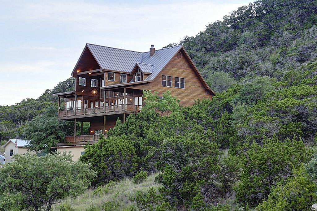 1805 Triple Peak Drive, Canyon Lake, TX 78133