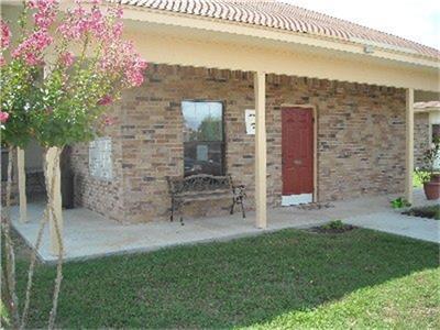 555 S Burke Street, Goliad, TX 77963