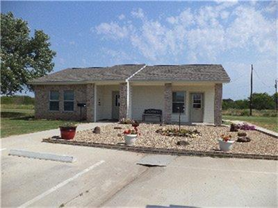 921 N Tyrus, Groesbeck, TX 76642