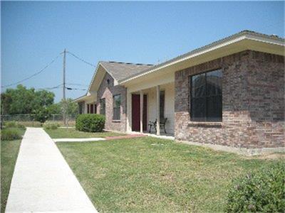 1103 Lincoln Street, Zapata, TX 78076