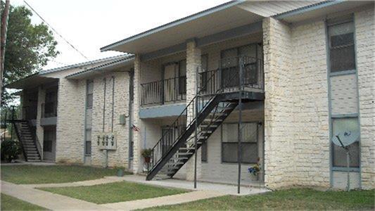 200 Riverview Drive, Lampasas, TX 76550