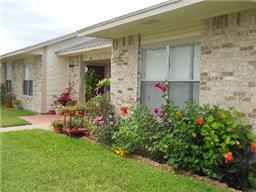 700 gordon street, sinton, TX 78387