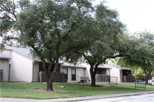 3500 Magic Drive, San Antonio, TX 78229