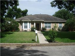 702 Burleson St, City Of Smithville, TX, 78957