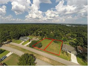 Not many of these double lots left! Amazing lots 282 & 283 Corinthian Way in the beautiful community of Corinthian Point!