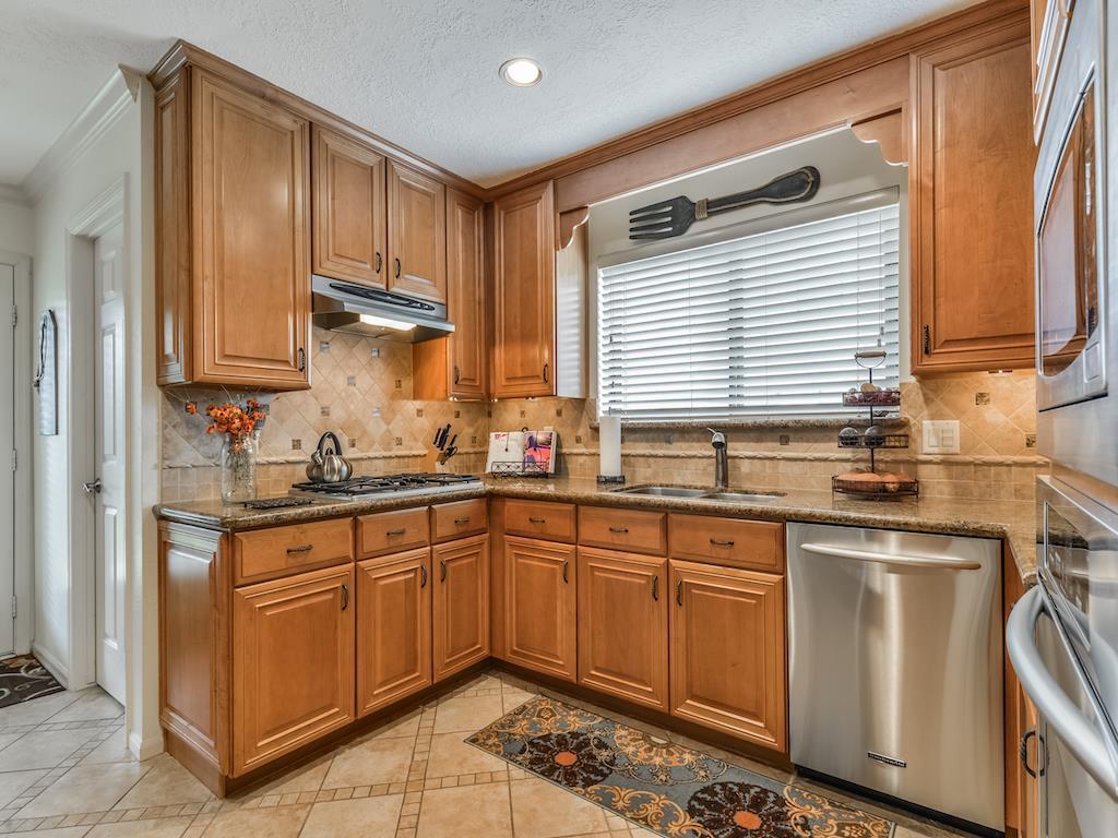 939 Mulberry Ridge Way, Houston, TX, 77062 | Greenwood King Properties
