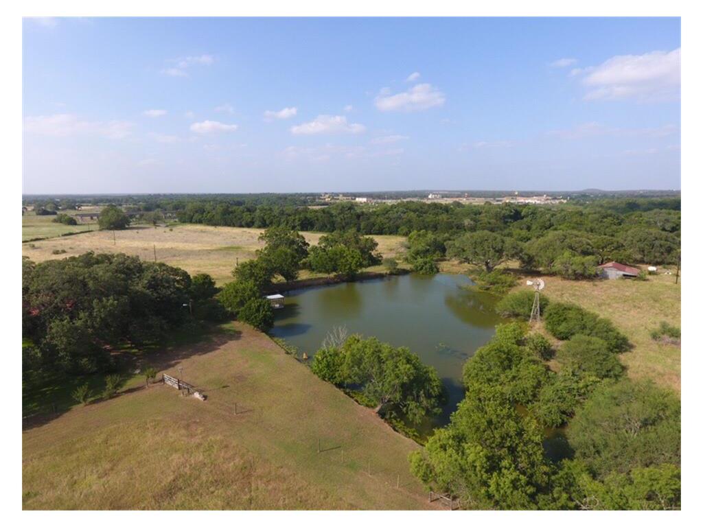 232 Login Ranch Road, Luling, TX 78648 | Greenwood King Properties
