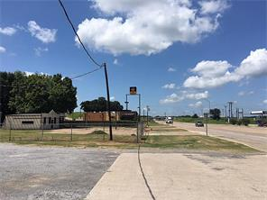 1518 w commerce, buffalo, TX 75831
