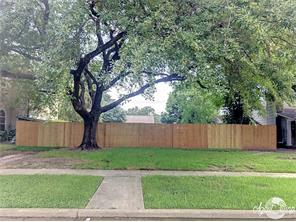 3720 Wroxton, West University Place, TX, 77005