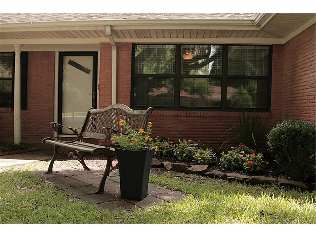 1506 Olive Street, Baytown, TX 77520 - HAR.com