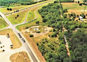 1260 interstate 45, dew, TX 75860
