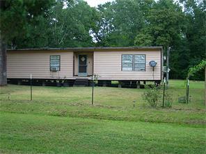 300 Oak Tree, Point Blank TX 77364