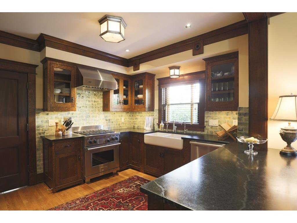 636 Hawthorne, Houston, TX 77006 | Better Homes and Gardens Real ...