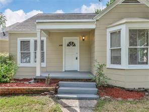 1816 utah street, baytown, TX 77520