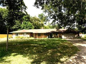 855 s gibson, huntington, TX 75949
