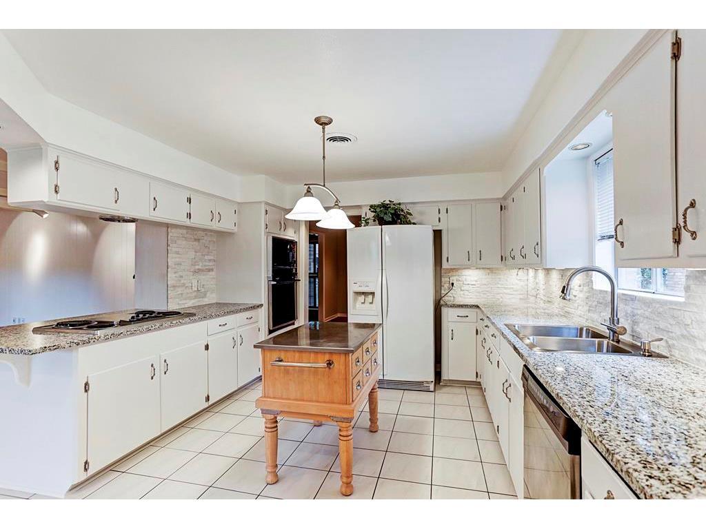5470 Edith Street, Houston, TX 77096 - HAR.com
