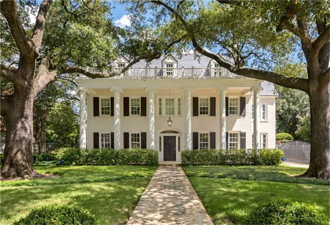 [Front Elevation]This exceptionally refined, vintage Southern Colonial home overlooks Chevy Chase park and has been extensively renovated, updated and expanded for modern living.